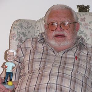 review custom papa bobblehead