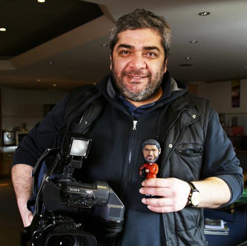 review custom cameraman bobble ehad